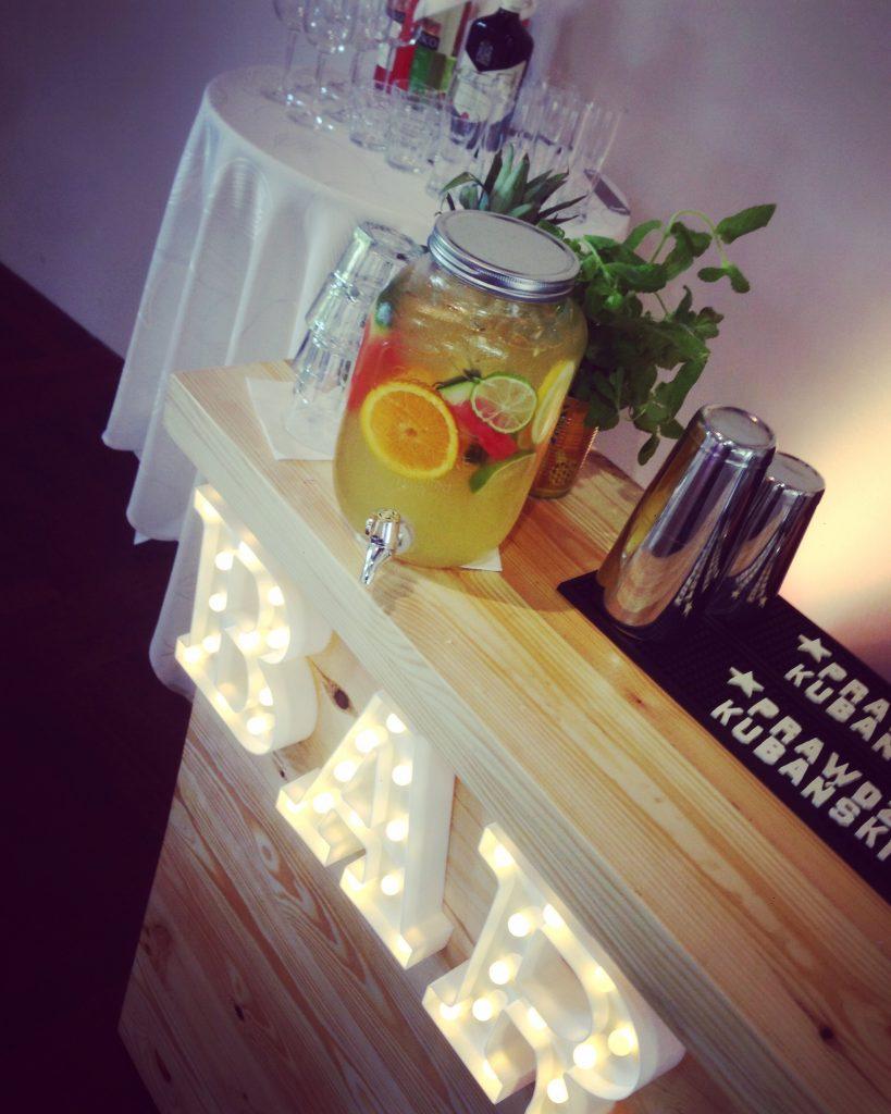 LOFT bar Lemonade